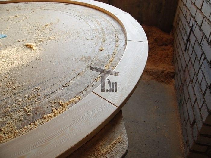 Die runde Kante der Badetonne 2