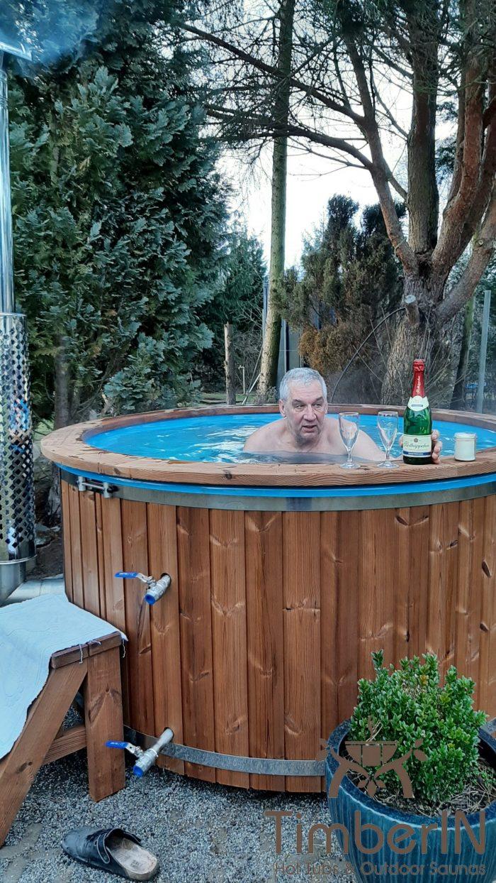 Badefass Badezuber Mit Whirlpool Wellness Royal, Petra Und André, Storkow, Deutschland